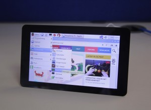 Create Your Own Raspberry Pi Tablet With Official Touchscreen