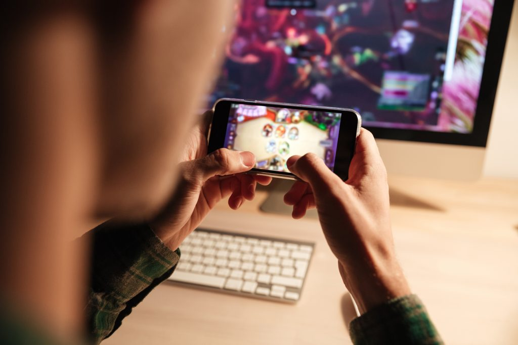 rentacomputer.com - Mobile eSports and Gaming Tournaments