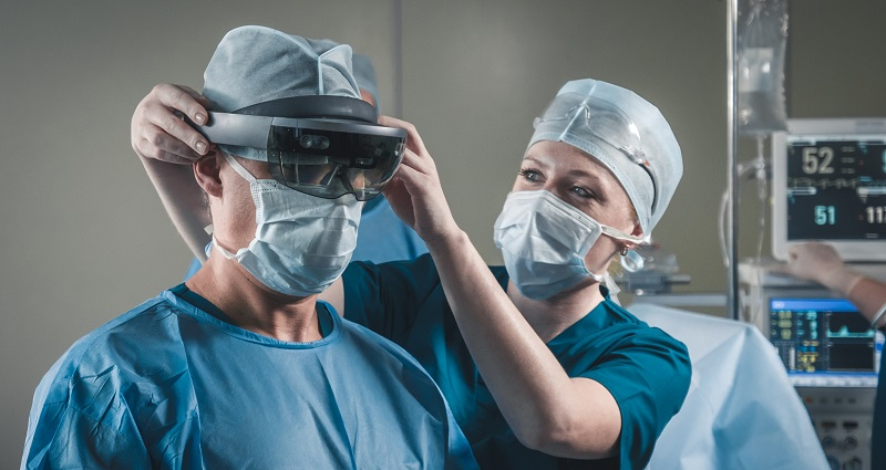 Going Under the Virtual Knife:  Using VR to Improve Training for Surgeons and Outcomes for Patients