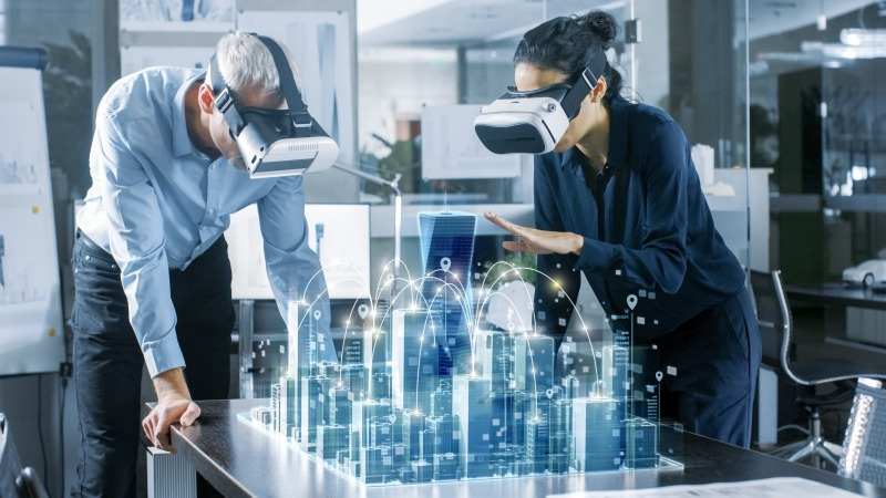 Using virtual reality and ray tracing to design architecture