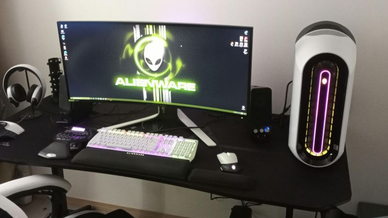 Alienware Aurora R11 with RTX 3090 debuts for rental